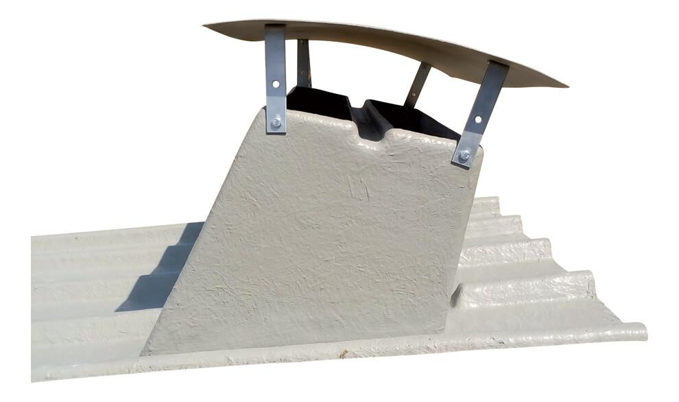 Plaque polyester sur toiture