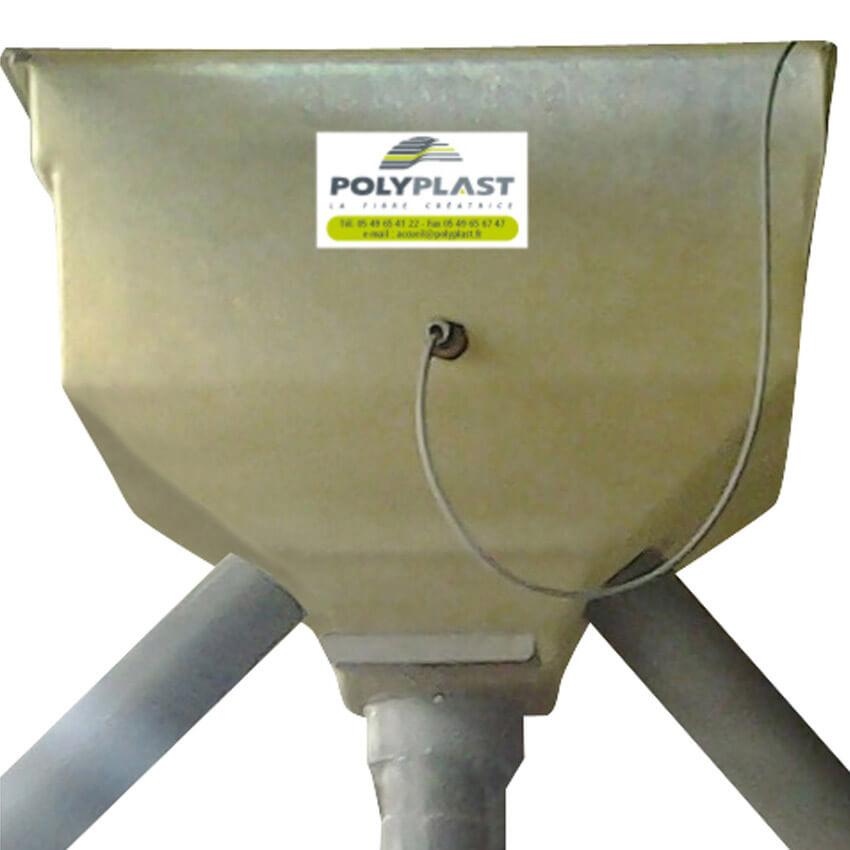 Trémie de stockage en polyester de 125 L ou 200 L avec 3 tubes de sorties